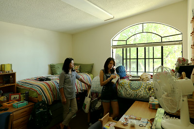 Oxy move-in 2014