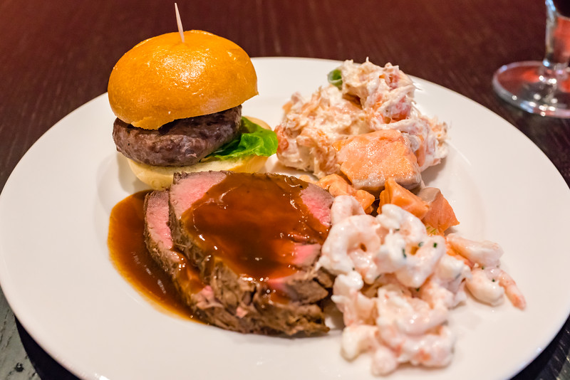 Surf'n'turf with salmon, prawns and beef plus a slider