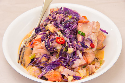 Salmon and cabbage and cauliflower salad