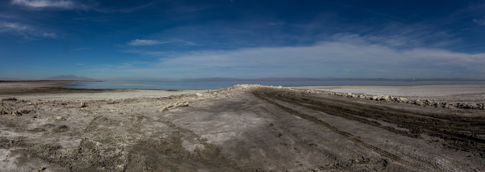 Panorama. Looking north from the southern shore of the Salton Sea at the end of Poe Road