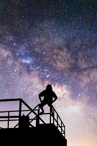 Stargazing at the Milky Way atop an abandoned building at the Salton Sea.