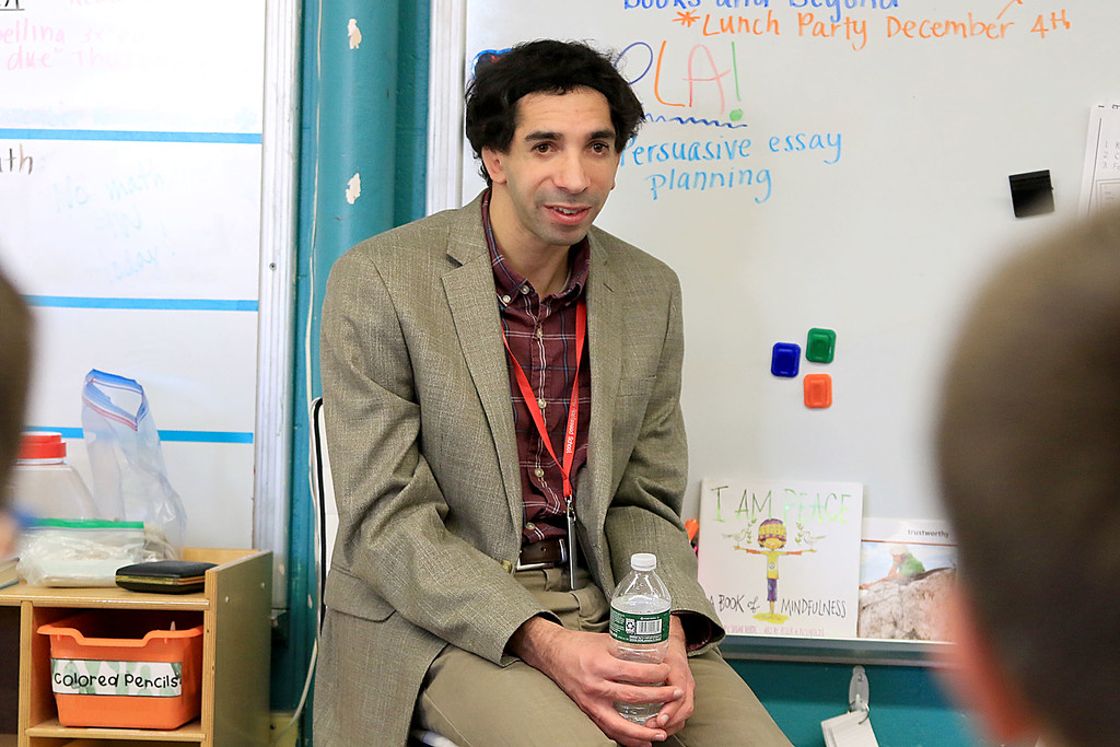. Johnny Appleseed Elementary School had motivational speaker Sam Drazin the executive director of Changing Perspectives a company that is promoting awareness and inspiring empathy out of Bradford Vermont in to speak to the students and help them except people that are different. He chats here with two fourth grade classes after an assembly for third, fourth and fifth grade classes. SENTINEL & ENTERPRISE/JOHN LOVE