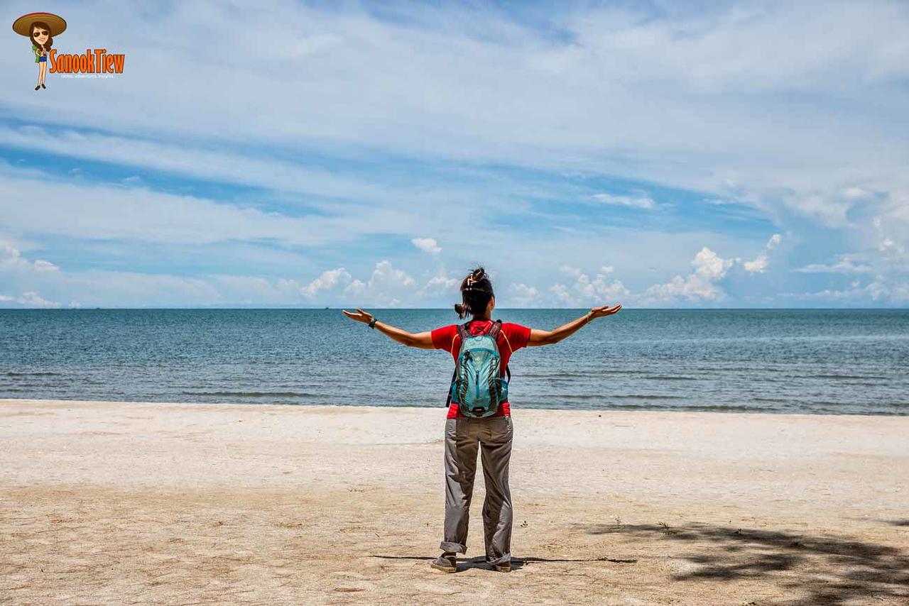 เดินไป ถ้ำพระยานคร จาก หาดแหลมศาลา อุทยานแห่งชาติเขาสามร้อยยอด ประจวบคีรีขันธ์