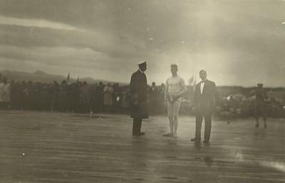 Íslandsglíma 1930, Kristján konunugs X, Sigurður Thorarensen og Benedikt G. Waage.