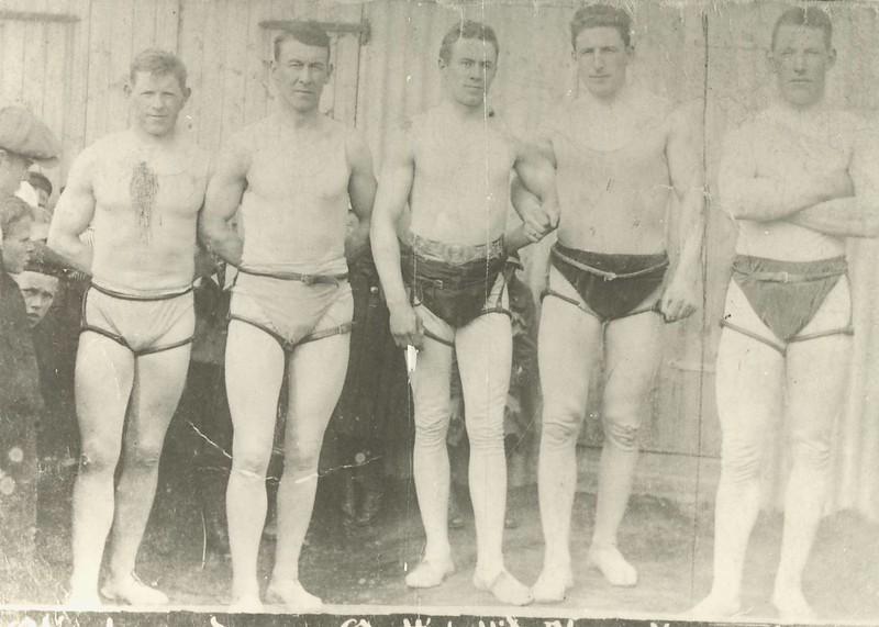 Keppendur í Íslandsglímu 1919, Þorgils Guðmundsson, Bjarni Bjarnason, Tryggvi Gunnarsson, Sigurjón Pétursson og Magnús Gunnarson frá Hólum.