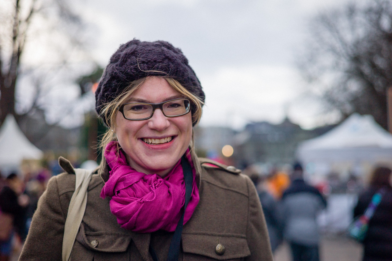 """Radiomoderatorin und TV-Stimme Franziska von Grünigen während """"Jeder Rappen zählt"""".  Luzern, Dezember 2011."""