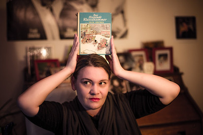 """Autorin und Bloggerin Zora Debrunner. (Foto für """"Schweizer Familie"""".)  Wellhausen, November 2011."""