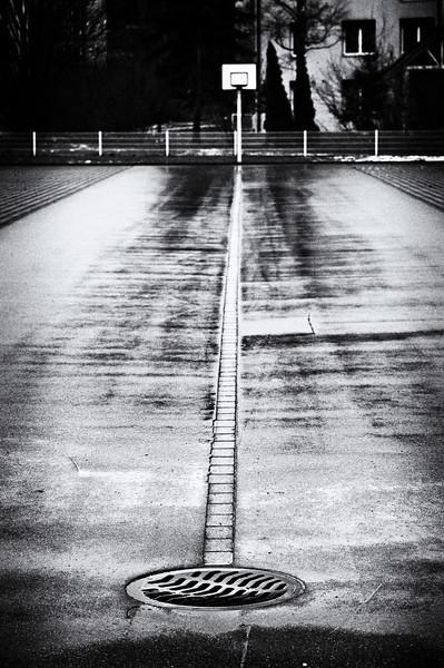 Einlochen.  Frauenfeld, Dezember 2011.