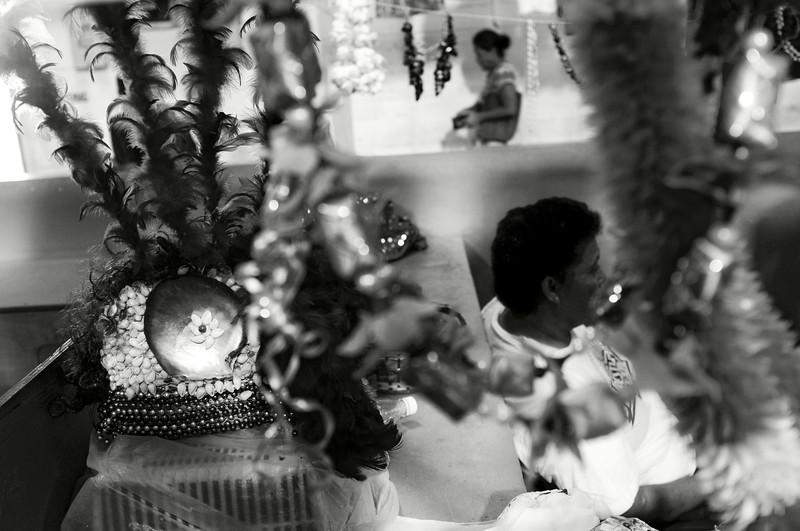 Une coiffe de cérémonie sur un étal du Flea Market d'Apia. Ile d'Upolu/Archipel des Samoa