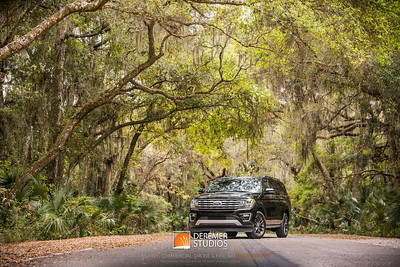 2020 AVIS - Ford Expedition 007A