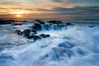 Thor's Well, Cape Perpetua, Yachats, Oregon.