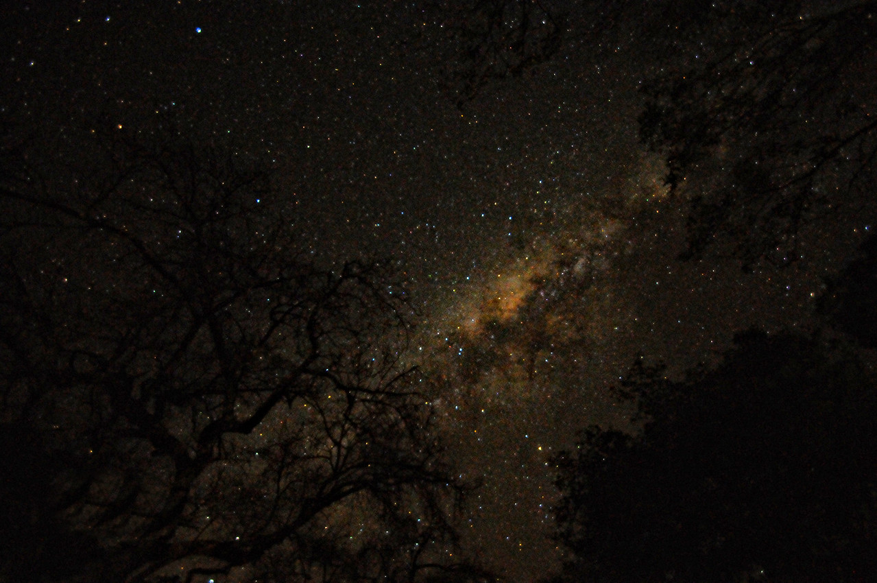 MILKY WAY IN SOUTH AFRICA AT NIGHT