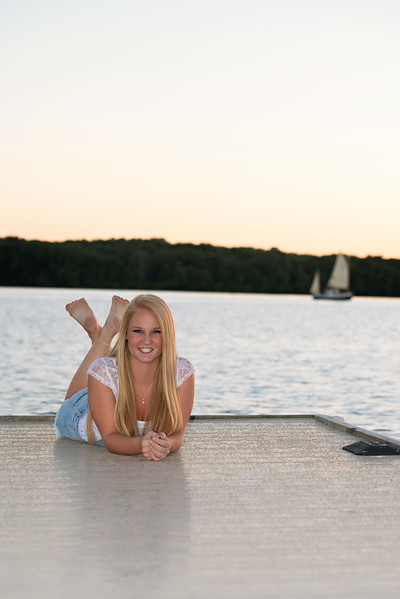 Carly-Senior08