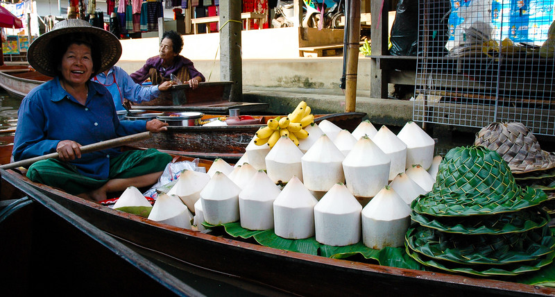 Coconut Juice<br /> Floating Market<br /> Damnoen Saduak, Ratchaburi