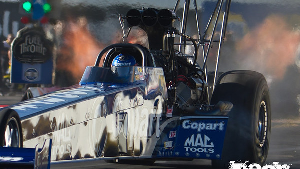 NHRA Top Fuel Racing - Wild Horse Pass Raceway - Arizona