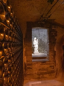 Moët et Chandon Cellars in Epernay | Champagne