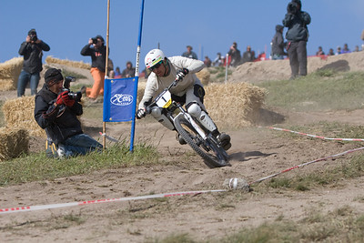 Brian Lopes racing dual slalom at the Sea Otter classic.