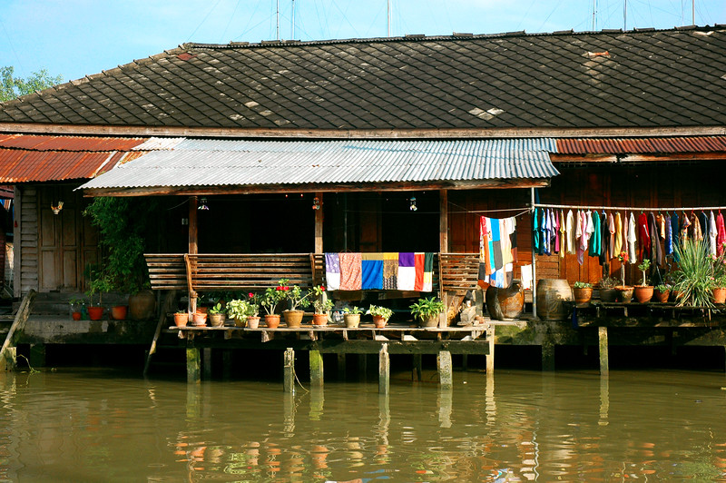 Life on the Canal<br /> Amphawa, Samut Songkhram