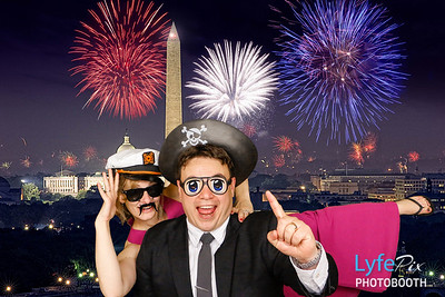 Green Screen Photo Booth Example with Washington DC Background