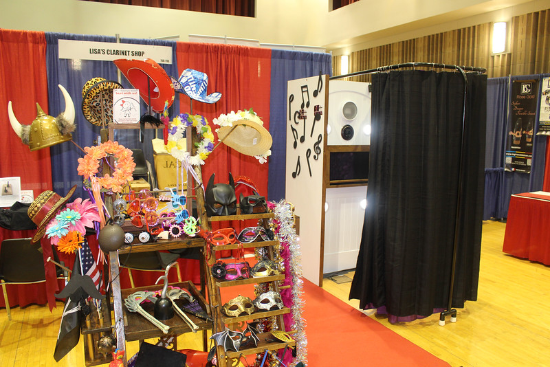 The Looking Glass Photo Booths Music Photo Booth