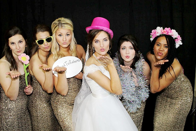 The Looking Glass Photo Booths Red Carpet Shoot.