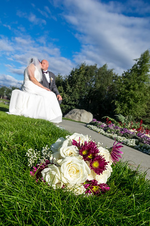 Melissa and Jeff, Congratulations!    Anchorage, AK.        Photo by Trav Williams, Broken Banjo Photography: www.brokenbanjo.net