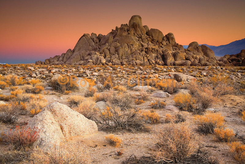 (IMG6610) Just before sunrise in the Eastern Sierra's Alabama Hills