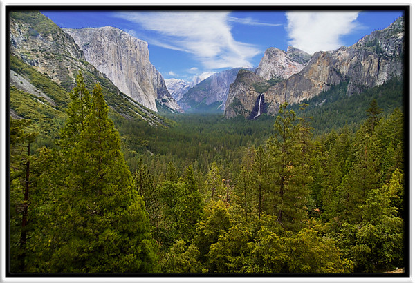 Yosemite Valley<br /> <br /> Tunnel View<br /> <br /> 31-MAY-2004