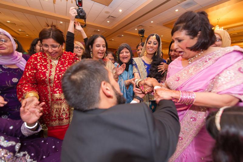 bap_haque-wedding_20110704002054-_BA18543