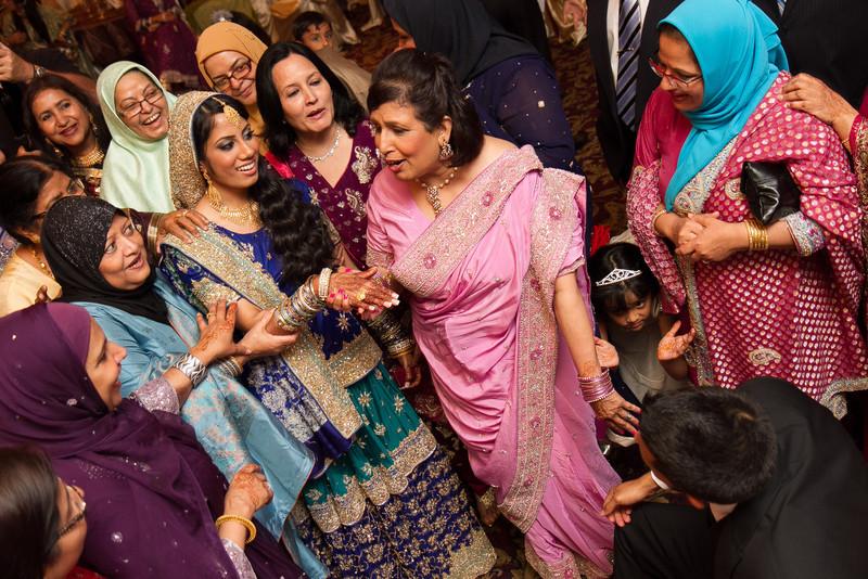 bap_haque-wedding_20110704002108-IMG_3744