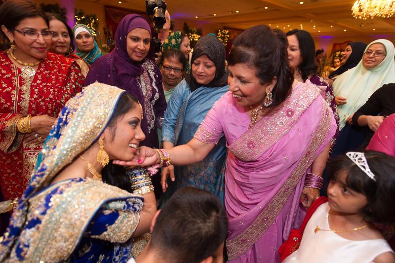 bap_haque-wedding_20110704002144-_BA18556