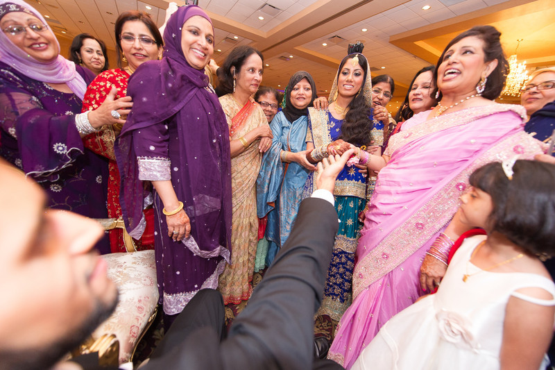 bap_haque-wedding_20110704002040-_BA18538