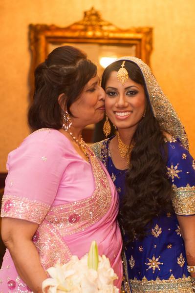 bap_haque-wedding_20110704005736-_BA18679