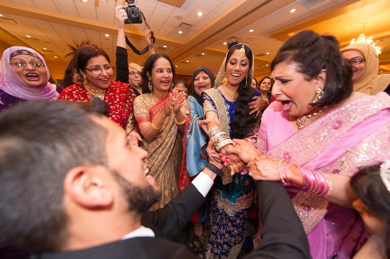 bap_haque-wedding_20110704002055-_BA18544