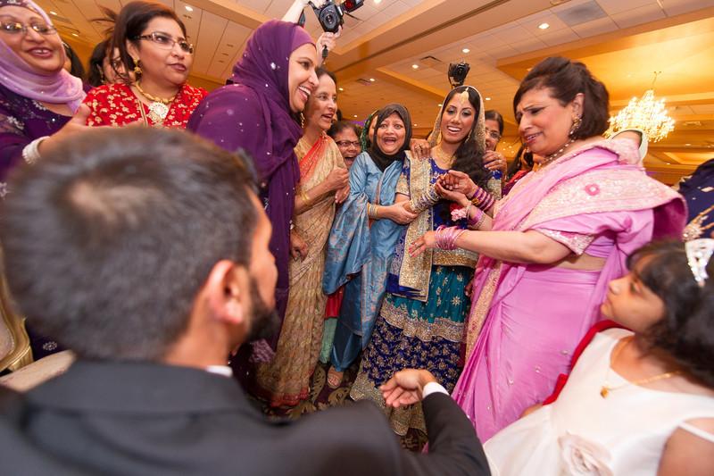 bap_haque-wedding_20110704002042-_BA18540