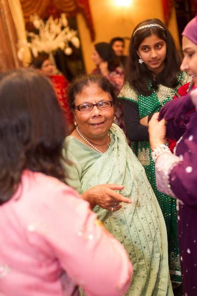 bap_haque-wedding_20110704002825-_BA18567