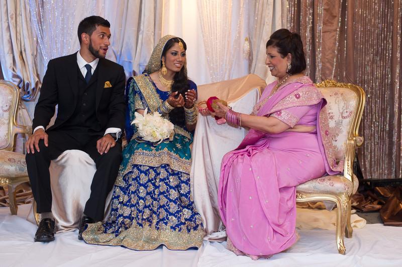 bap_haque-wedding_20110703230431-_BA18361