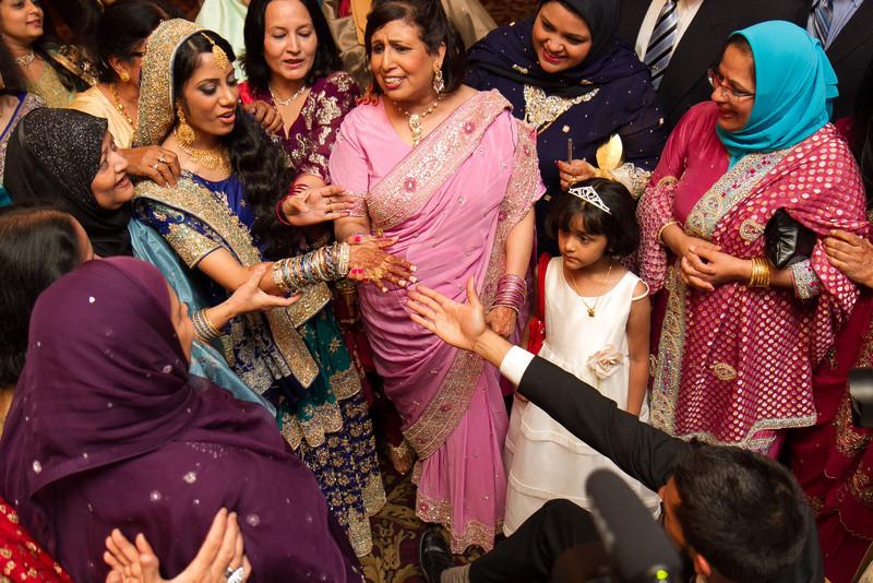 bap_haque-wedding_20110704002129-IMG_3746