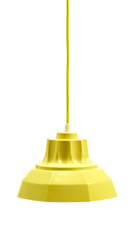 Finnsdottir_krinoline_yellow