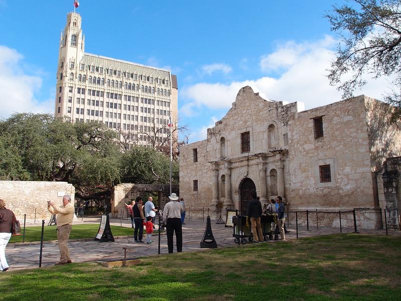 The Alamo & The Emily Morgan Hotel