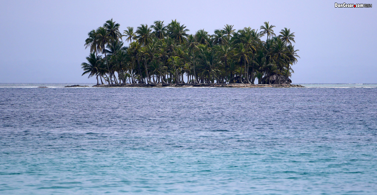 One of the many islands in San Blas