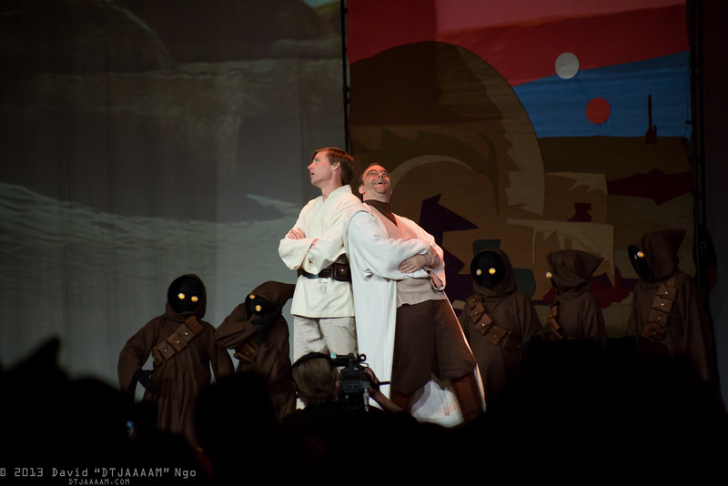 Jawas, Luke Skywalker, and Owen Lars