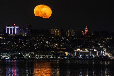 Nearly Full Moon Rises Above San Diego