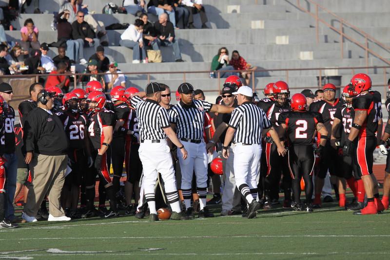 Enforcers vs LA 079