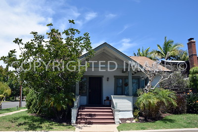 1330 Fort Stockton Drive, San Diego Mission Hills - 1912 Victorian Vernacular Transitional Craftsman
