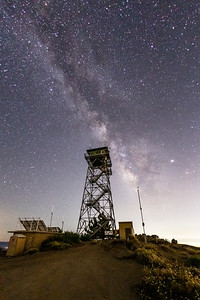 Another shot of the Milky Way and Highpoint Lookout