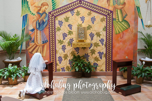 First Holy Communion Photos by AlohaBug Photography