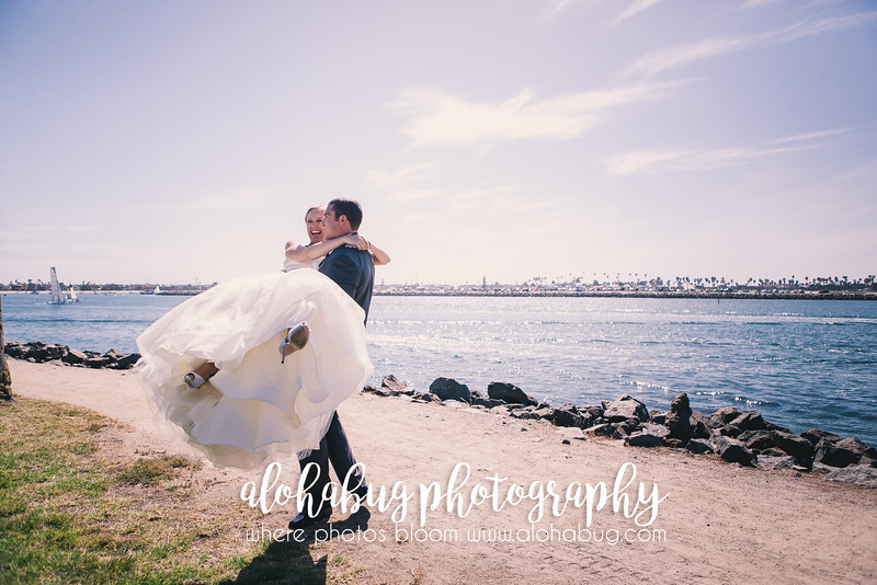 Carolyn + Derek | Hyatt Regency Wedding Photographer, AlohaBug Photography