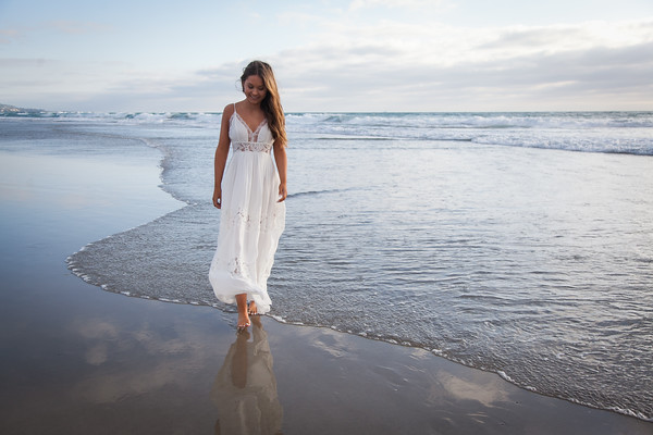 Senior Photos at Crystal Pier by AlohaBug Photography