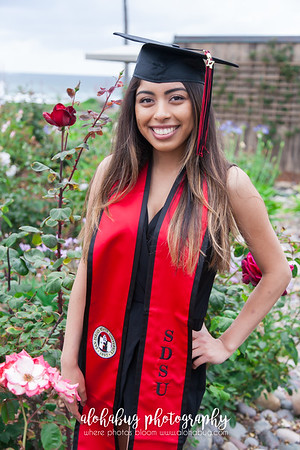 SDSU Graduation Photos at Scripps Pier La Jolla by AlohaBug Photography